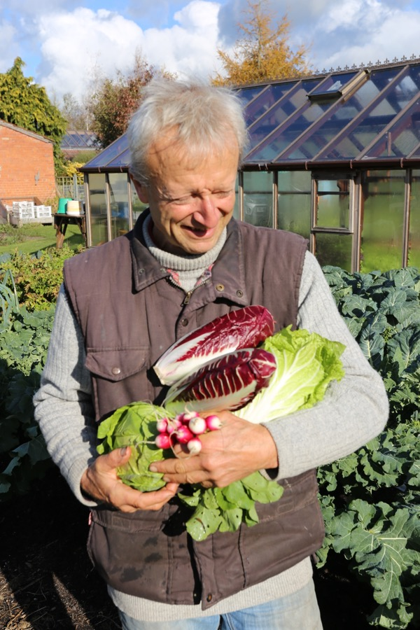 No dig veg Charles Dowding