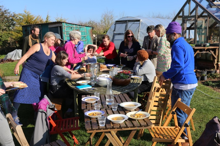 Outdoor lunch Homeacres course